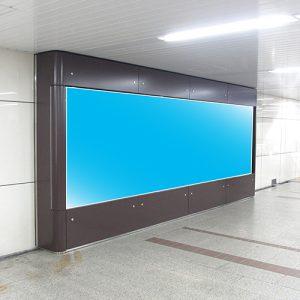 大阪メトロ・なんばパノラマビジョン写真